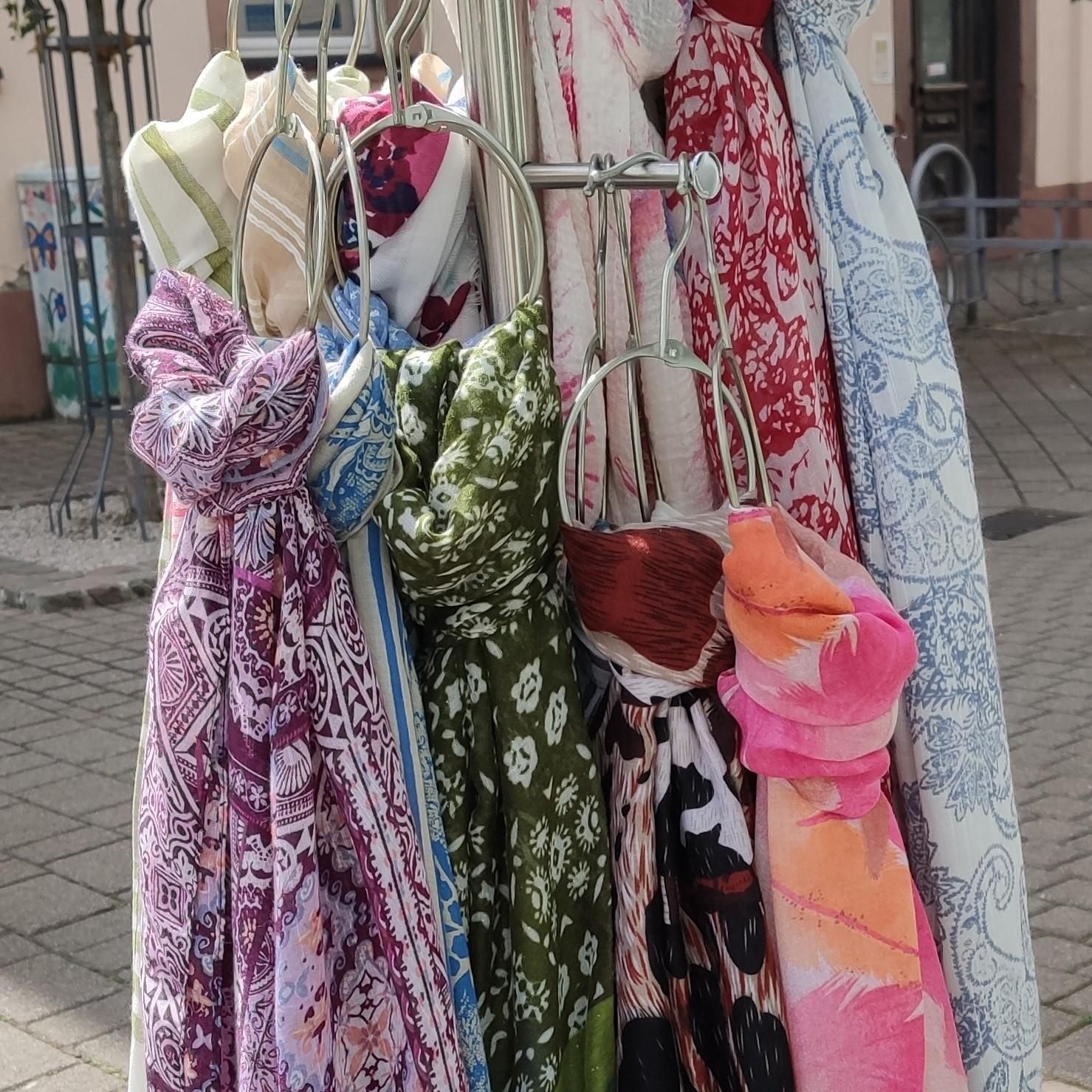 Sommerliche Schals