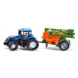 Traktor mit Feldspritze